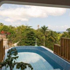 Отель Diamond Villas and Suites Ямайка, Монтего-Бей - отзывы, цены и фото номеров - забронировать отель Diamond Villas and Suites онлайн бассейн фото 3