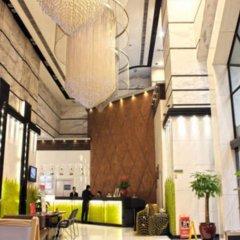 Majestic Hotel интерьер отеля фото 3