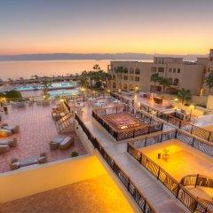 Отель Radisson Blu Tala Bay Resort, Aqaba бассейн фото 2