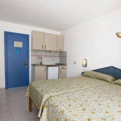 Отель Apartamentos Central City в номере фото 2