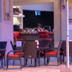 Отель Hideaway Guest House And Bar гостиничный бар