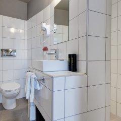 Отель COLORS Central Ladadika ванная