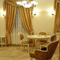 Отель Little Home - Empire Польша, Варшава - отзывы, цены и фото номеров - забронировать отель Little Home - Empire онлайн питание