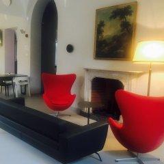 Отель Babila Hostel & Bistrot Италия, Милан - 1 отзыв об отеле, цены и фото номеров - забронировать отель Babila Hostel & Bistrot онлайн интерьер отеля фото 3