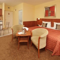 Hotel Charles комната для гостей