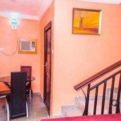 Отель Keves Inn and Suites Нигерия, Калабар - отзывы, цены и фото номеров - забронировать отель Keves Inn and Suites онлайн в номере