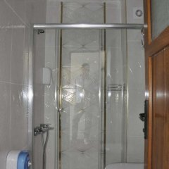 Ugur Otel Турция, Мерсин - отзывы, цены и фото номеров - забронировать отель Ugur Otel онлайн ванная