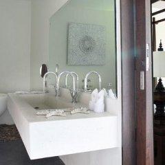 Отель Villa Suksan Nai Harn ванная фото 2