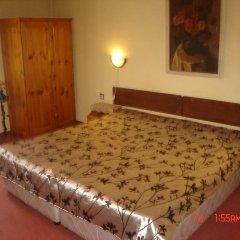 Отель Family Hotel Santo Bansko Болгария, Банско - отзывы, цены и фото номеров - забронировать отель Family Hotel Santo Bansko онлайн сейф в номере