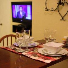Апартаменты Sunset Strip Acadia Guest Apartment в номере
