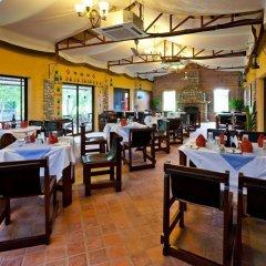 Отель Maruni Sanctuary by KGH Group Непал, Саураха - отзывы, цены и фото номеров - забронировать отель Maruni Sanctuary by KGH Group онлайн питание