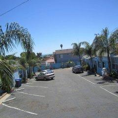 Отель The Palomar Inn парковка