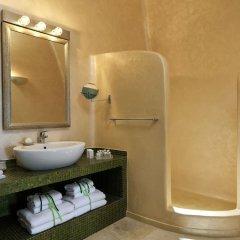 Отель Astra Suites ванная