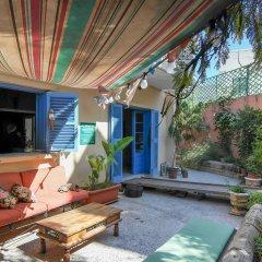 Отель Boho Hostel Мальта, Сан Джулианс - отзывы, цены и фото номеров - забронировать отель Boho Hostel онлайн балкон