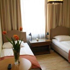 Отель -Pension Adlerhof Австрия, Зальцбург - 2 отзыва об отеле, цены и фото номеров - забронировать отель -Pension Adlerhof онлайн комната для гостей