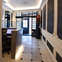 Hans Memling Hotel интерьер отеля