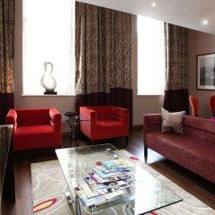 Отель Doubletree by Hilton London Marble Arch интерьер отеля