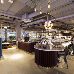 Отель With Urban Deli Швеция, Стокгольм - отзывы, цены и фото номеров - забронировать отель With Urban Deli онлайн питание