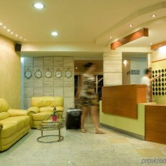Axos Hotel интерьер отеля