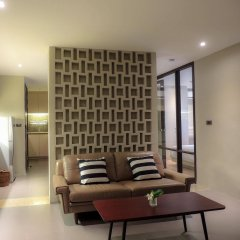 Balcony Courtyard Si Racha Hotel & Serviced Apartments комната для гостей