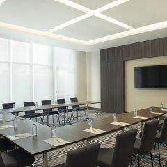 Отель Hampton by Hilton Dubai Airport фото 2