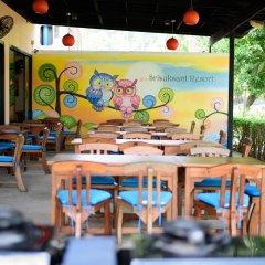 Отель Srisuksant Resort питание фото 2