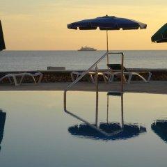 Отель Estudios Vistamar Испания, Эс-Мигхорн-Гран - отзывы, цены и фото номеров - забронировать отель Estudios Vistamar онлайн приотельная территория