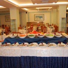 Отель St Gregory Park питание