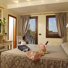 Отель Carlton Capri комната для гостей фото 5