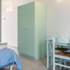 Отель Anika Studios Фалираки комната для гостей фото 5