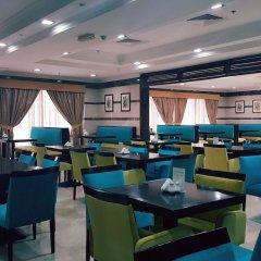 Al Manar Hotel Apartments гостиничный бар фото 3