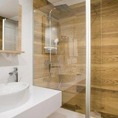 Ginosi Pedralbes Hotel Барселона ванная