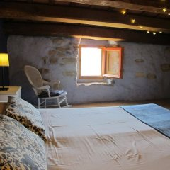 Отель Mas Can Puig de Fuirosos Сан-Селони комната для гостей фото 4