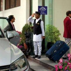 Отель Royal Singi Hotel Непал, Катманду - отзывы, цены и фото номеров - забронировать отель Royal Singi Hotel онлайн городской автобус