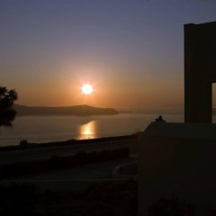Отель The Majestic Hotel Греция, Остров Санторини - отзывы, цены и фото номеров - забронировать отель The Majestic Hotel онлайн пляж