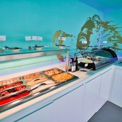 Отель Dorado Ibiza Suites - Adults Only Испания, Сант Джордин де Сес Салинес - отзывы, цены и фото номеров - забронировать отель Dorado Ibiza Suites - Adults Only онлайн питание