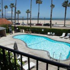Отель Milo Santa Barbara бассейн