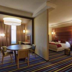 Гостиница Mercure Lipetsk Center в Липецке 9 отзывов об отеле, цены и фото номеров - забронировать гостиницу Mercure Lipetsk Center онлайн Липецк комната для гостей фото 5