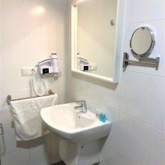 Отель Turia Town Испания, Валенсия - отзывы, цены и фото номеров - забронировать отель Turia Town онлайн ванная фото 2