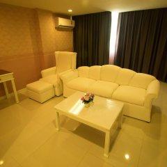 Отель Aunchaleena Grand Бангкок комната для гостей фото 4