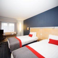 Отель Holiday Inn Express Edinburgh Royal Mile Эдинбург комната для гостей фото 3