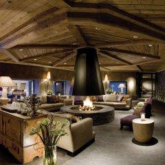 Отель Gstaad Palace гостиничный бар