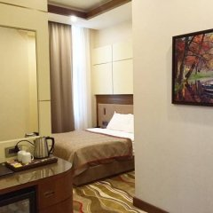 Grand Hotel de Pera 4* Улучшенный номер с двуспальной кроватью