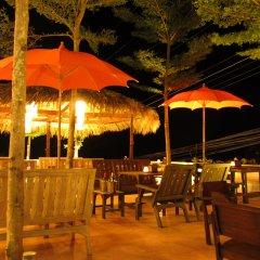 Отель Koh Tao Toscana гостиничный бар