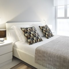Отель Concha Bay 3 Apartment by FeelFree Rentals Испания, Сан-Себастьян - отзывы, цены и фото номеров - забронировать отель Concha Bay 3 Apartment by FeelFree Rentals онлайн комната для гостей фото 4