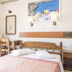 Отель Holiday Beach Resort Греция, Остров Санторини - отзывы, цены и фото номеров - забронировать отель Holiday Beach Resort онлайн комната для гостей фото 3