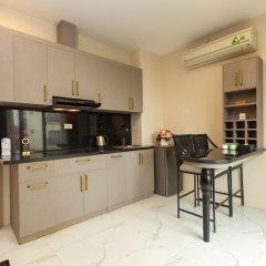 OYO 779 Aisha Hotel And Apartment Ханой в номере