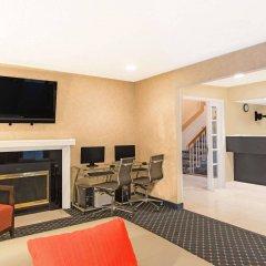 Отель Hawthorn Suites By Wyndham Airport Columbus East Колумбус интерьер отеля фото 2