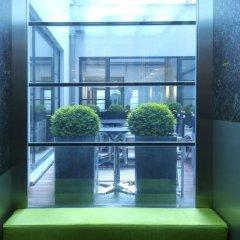 Отель YOOMA Urban Lodge Бельгия, Брюссель - 1 отзыв об отеле, цены и фото номеров - забронировать отель YOOMA Urban Lodge онлайн балкон