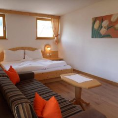 Hotel FleurAlp Чермес комната для гостей фото 3